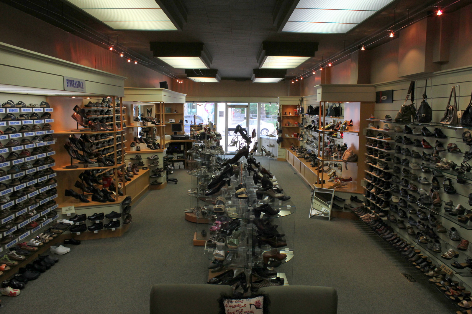 Academy Shoe Store Winnipeg