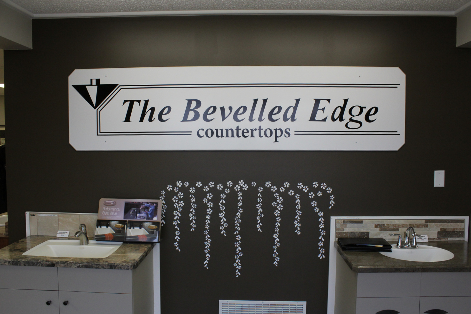 The Bevelled Edge Countertops_0032